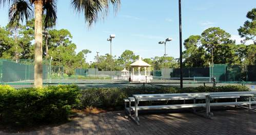 harbour-ridge-tennis-bleachers