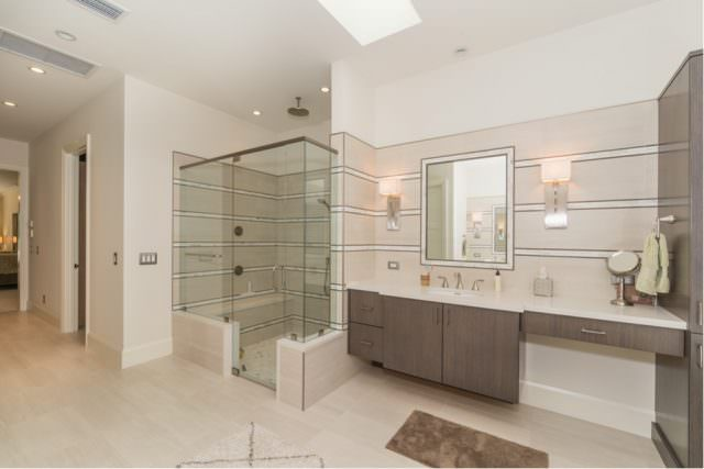 Harbour ridge yacht country club by hr properties for Master bedroom downstairs
